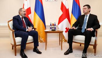 Никол Пашинян провел телефонный разговор с премьер-министром Грузии