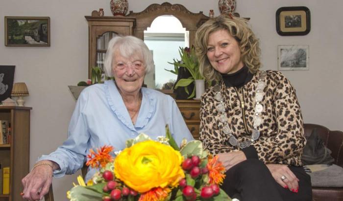 107-ամյա կինը հրաշքով հաղթահարել է կորոնավիրուսը՝ դառնալով ռեկորդակիր