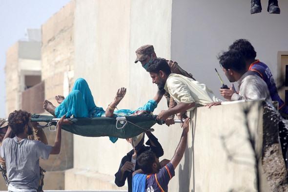 Պակիստանում կործանված ինքնաթիռի կադրերը