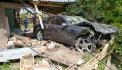 Արմավիրում 31-ամյա վարորդը Mercedes-ով մխրճվել է բնակչի տան մեջ՝ փլուզելով պատերն ու առաստաղը
