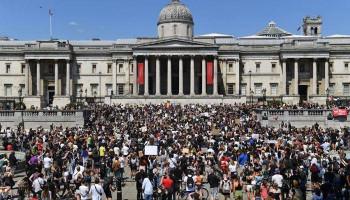 Հազարավոր ցուցարարներ դուրս են եկել Լոնդոնի փողոցներ