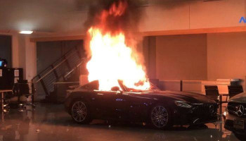 #Mercedes cars damaged as rioters vandalise showroom