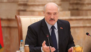 Belarus president dismisses government: Belta news agency