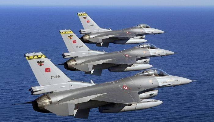 Turkish fighter jets attack #PKK sites in northern Iraq