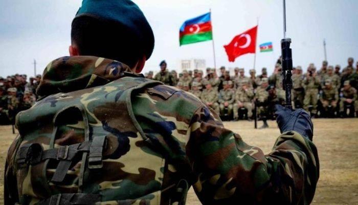 Азербайджан и Турция проведут совместные широкомасштабные военные учения