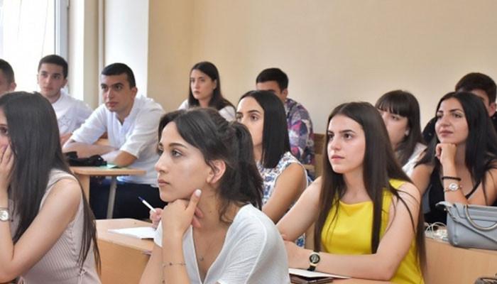 Սահմանվել են դեկտեմբերին անցկացվող պետական ավարտական քննությունների կազմակերպման ժամկետները