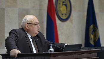 ԵՊՀ նախկին ռեկտոր Արամ Սիմոնյանին մեղադրանք է առաջադրվել