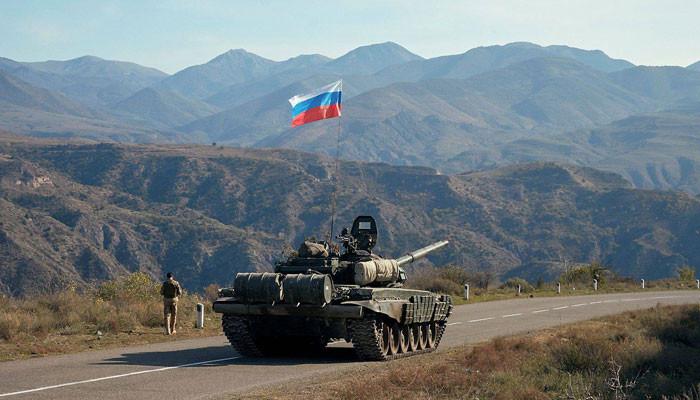 Российские миротворцы открыли Лачинский коридор между Арменией и Степанакертом
