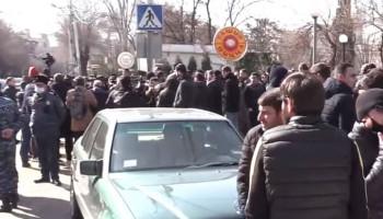 В Ереване продолжаются акции протеста с требованием отставки Никола Пашиняна