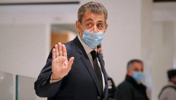 Суд приговорил Саркози к реальному сроку