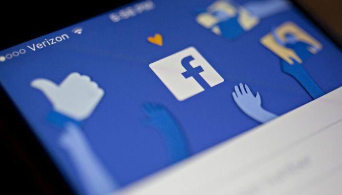 Facebook Ends Ban on Political Advertising