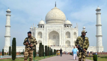 Taj Mahal evacuated briefly after hoax bomb threat