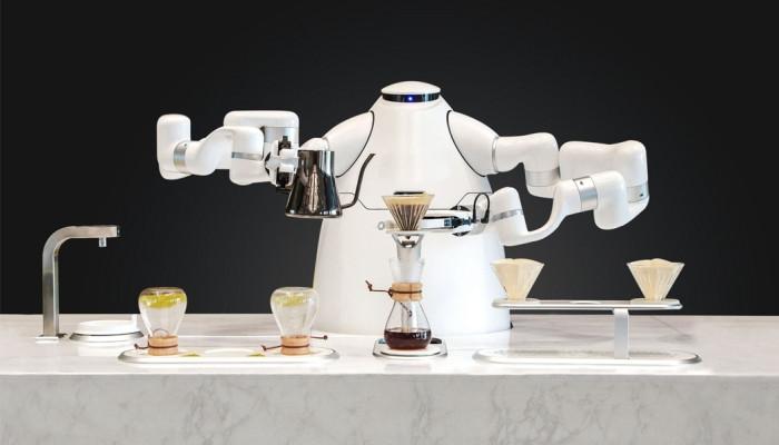 В Китае изобрели робота, который сам готовит кофе и чай