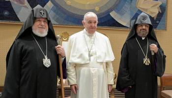 Գարեգին Երկրորդը Վատիկանում հանդիպել է Ֆրանցիսկոս Պապի հետ