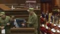 Անվտանգության աշխատակիցները Գեղամ Մանուկյանին հեռացրին ամբիոնից